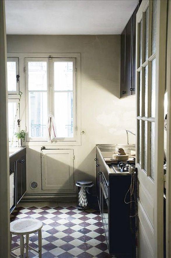 old kitchen - LOVE the flooring!