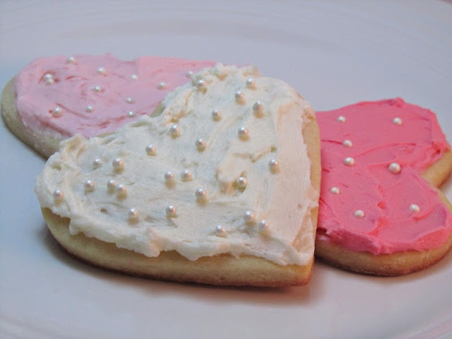 sugar cookies and buttercream frosting | Recipes | Pinterest