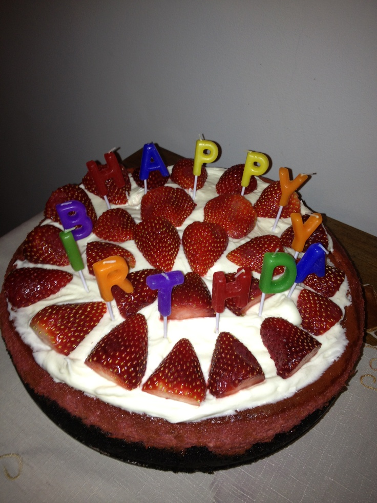Red velvet cheesecake. Happy Birthday. | I love food and drinks | Pi ...