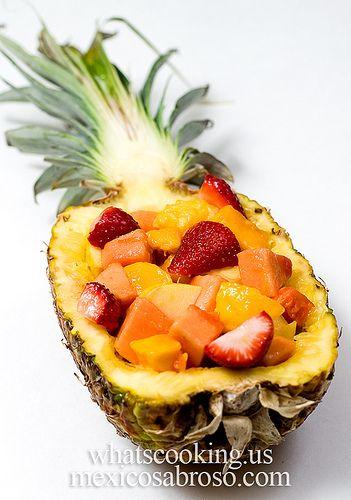 pineapple fruit basket   Party Ideas   Pinterest