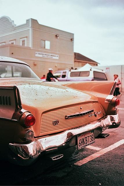 Oldsmobile on Fisherman's Wharf