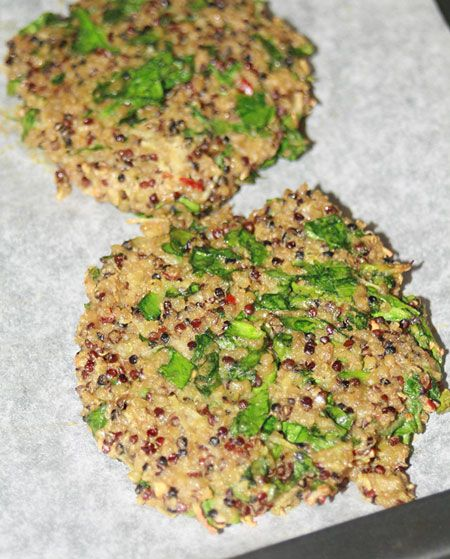 Baked Quinoa Spinach Burgers | health nut | Pinterest