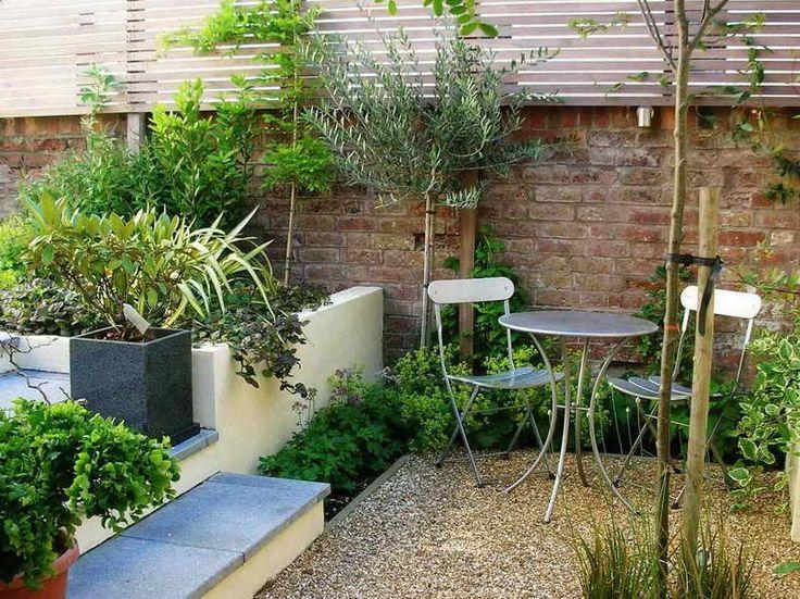 Small courtyard designs with brick wall garden pinterest for Small walled garden ideas