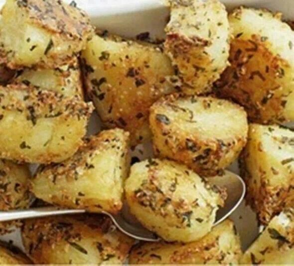 Parmasan roasted potatoes | Things I love | Pinterest