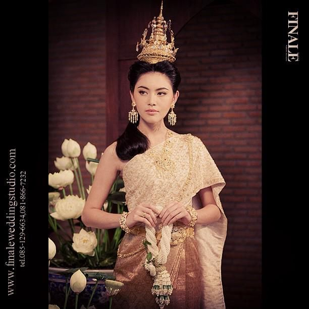 Beautiful Traditional Dresses Models Photos Thai Traditional Dress