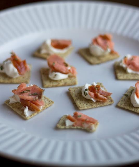 smoked salmon cream cheese bites | Recipes | Pinterest