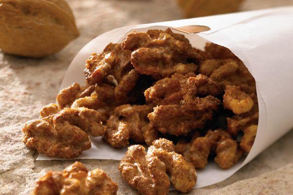 Cajun Spiced Walnuts #FreshExpress #blendsrecipe