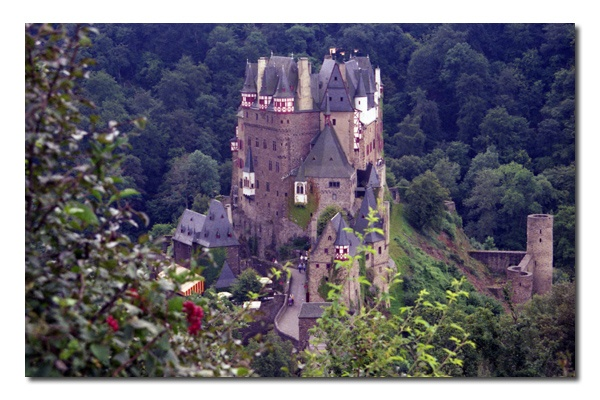 12th Century Burg Eltz in Germany. One of the few castles you have to actually descend to access. Beautifully nestled in the forestry of the Eltz River, tributary of the Mosel River. One of my all time favorite castles!