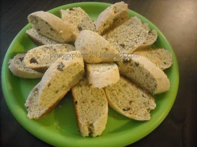 Banana Walnut- Raisin Biscotti Recipe | Sweet Treats | Pinterest