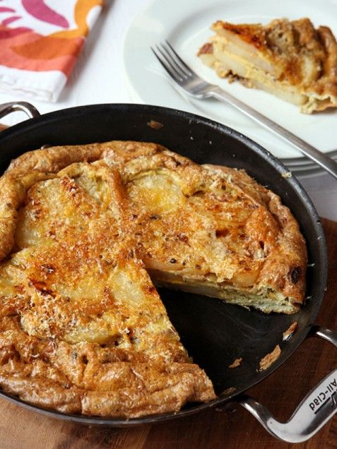 Paprika Potato Frittata. Easy recipe for kids to make. #dinner