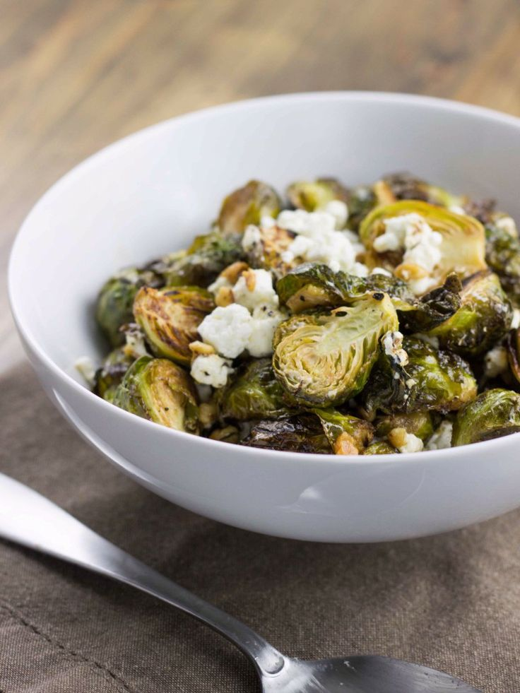 Lemon Thyme Roasted Brussels Sprouts - crispy roasted brussels sprouts ...