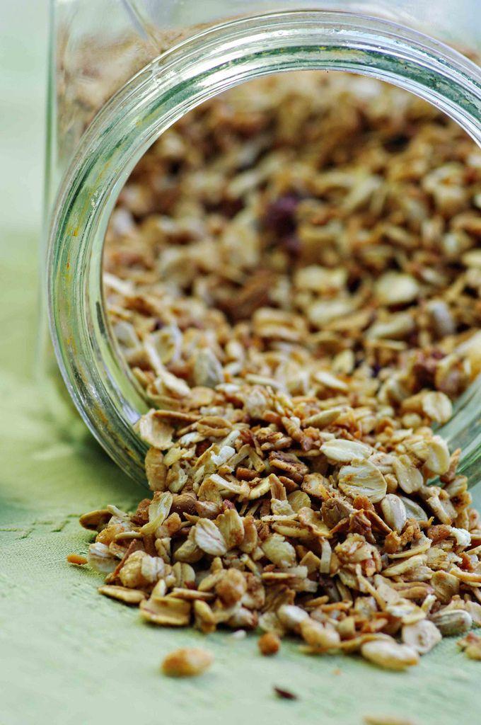easy homemade granola | I'm Going to Eat This | Pinterest