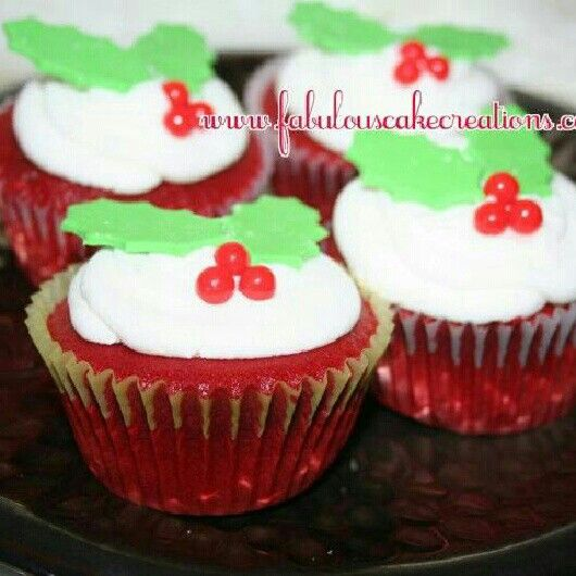 Red Velvet Christmas cupcakes | Fabulous Cake Creations | Pinterest