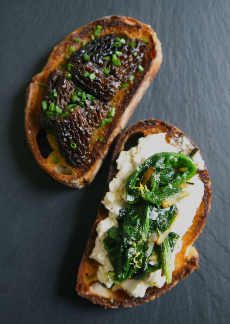 Spring Crostini Two Ways: Morel Mushrooms with Butter & Chives ...