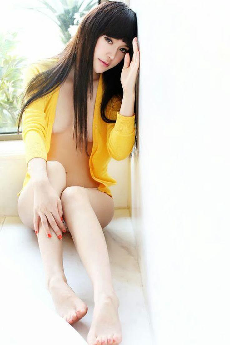 Hot asian babes make a hot massage