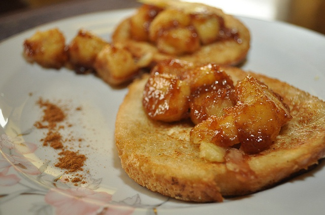 french toast with caramelized bananas | Recipes | Pinterest