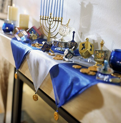 Handmade hanukkah decor ideas photos for Decoration hanouka