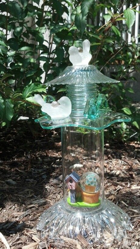 Garden totem from recycled glass painting crafts home - Recycled glass for gardens ...