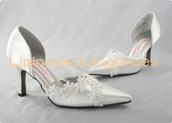 ivory satin wedding shoes somple style pointy head