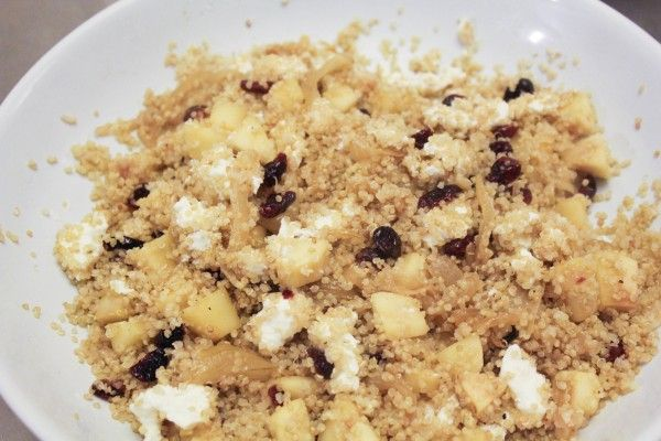 Winter Apple & Cranberry Quinoa | Yummy Sides | Pinterest