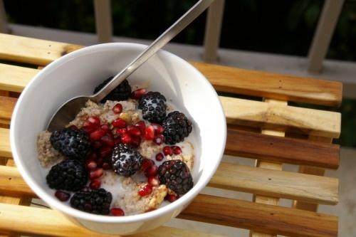 greek yogurt, banana, blackberries, apricot, pomegranate seeds, peanut ...