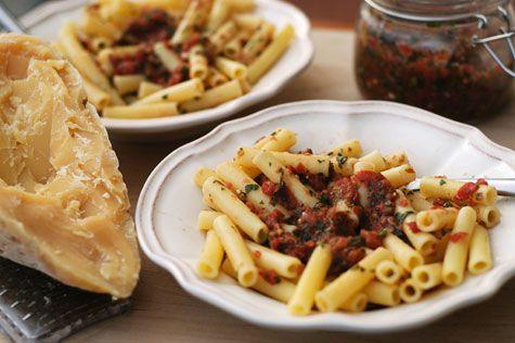 Spicy Penne Pasta | entrées + sides | Pinterest