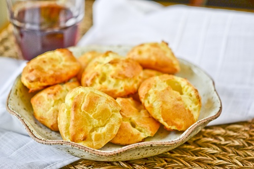 Gougeres. french cheese puffs- look awesome and can be frozen for ...