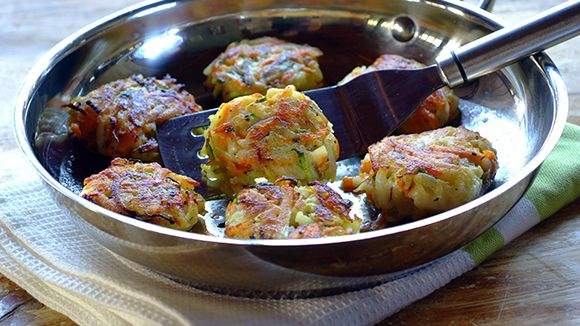 CRISPY POTATO, CARROT AND MARROW CAKES   Food & Drinks   Pinterest
