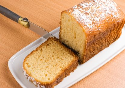 Irish Tea Cake ~ Much like pound cake only lighter and fluffier. A ...