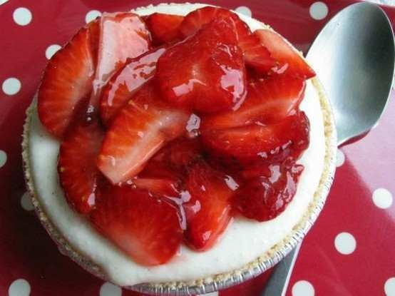 ... low fat strawberry no bake cheesecake recept yummly no bake strawberry