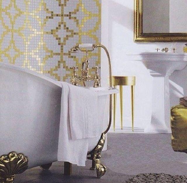 Fantastic Luxurious Subway Tile Bathroom  HomeoOfficeeCom