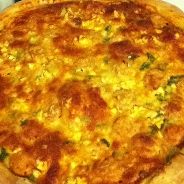 Buffalo chicken sausage pizza:)