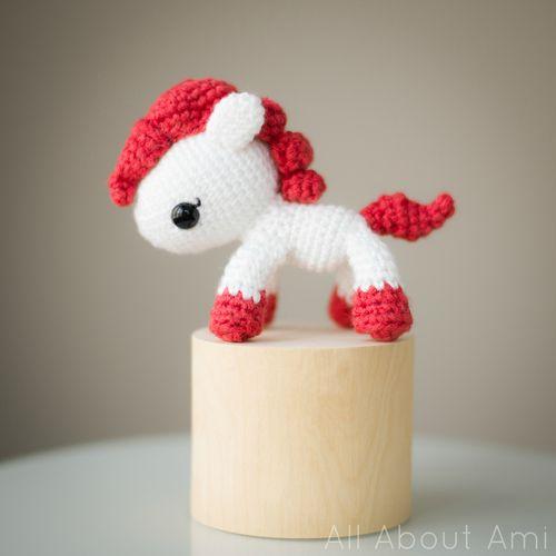 pony with pattern Crochet & Amigurumi Pinterest