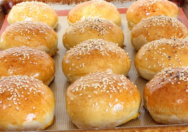Homemade Sandwich Buns in 60 Minutes-----These were good. Took way ...