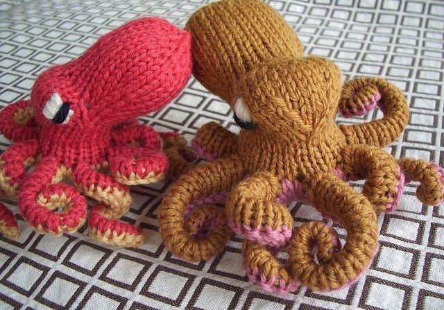 Octopus Knitting Pattern : Octopus pattern by Hansi Singh