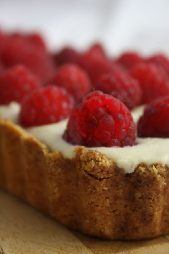 White Chocolate and Raspberry Tart | Vegan Desserts and Baked Goods ...