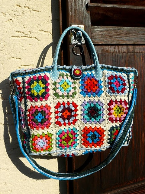 Granny Square Tote : love the granny square purse!