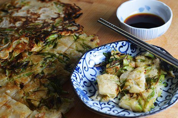Pajun-- Korean scallion pancake, super quick and easy!