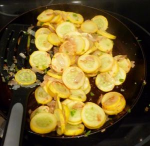 Zucchini Pepper Saute...looks quick and easy and good!