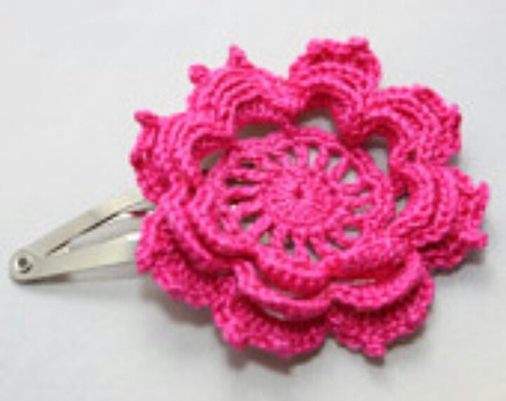 Crochet Hair Flowers : Flower hair crochet Crochet for life Pinterest