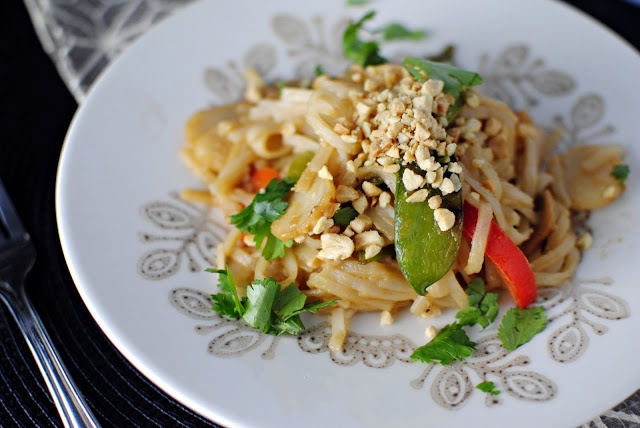 Vegetable Pad Thai - very delicious! Want together pretty quick too.