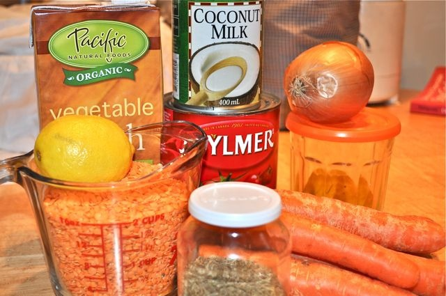red lentil carrot coconut soup | What's cookin good lookin | Pinterest