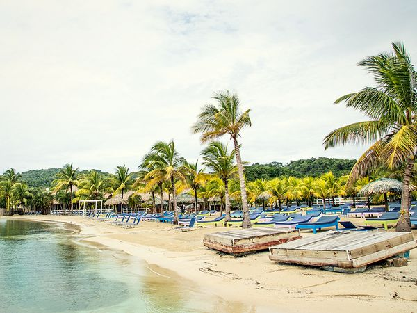 Spend the afternoon off the radar in Roatan, Honduras. #beach