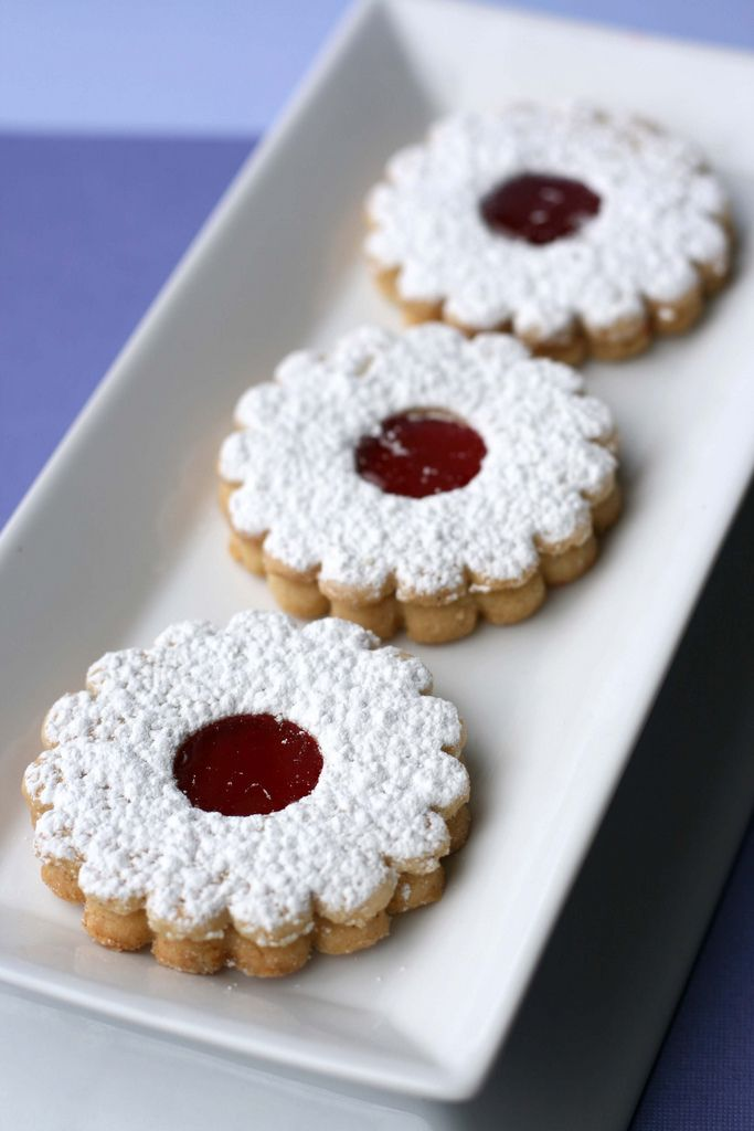 Linzer Cookies - just got the cookie cutter