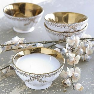 Gold Rimmed Garland Bowl Candle