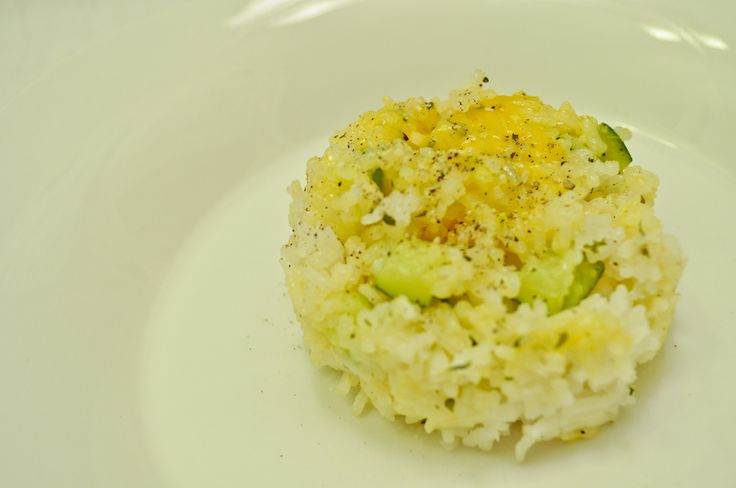 Cheesy Zucchini Rice: Super easy, budget-friendly, and delicious. The ...