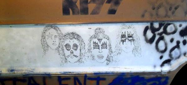 Kurt Cobain's Artwork on the Melvins tour van.