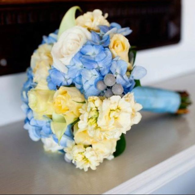 Bridesmaids Yellow And Blue Bouquets