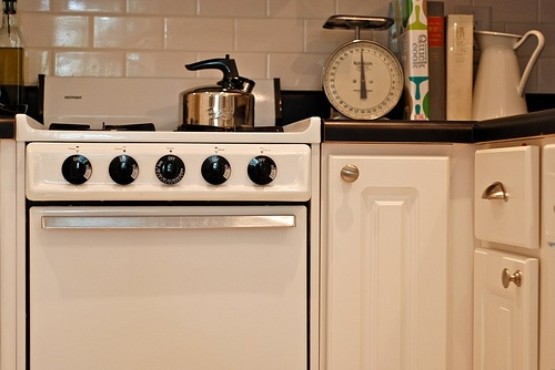 cute apartment size stove i 39 m a homebody pinterest
