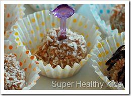Coconut Peanut Butter Oatmeal Balls (aka Snow Balls) Recipes ...